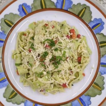 Salada de Crepe e Queijos 1000g