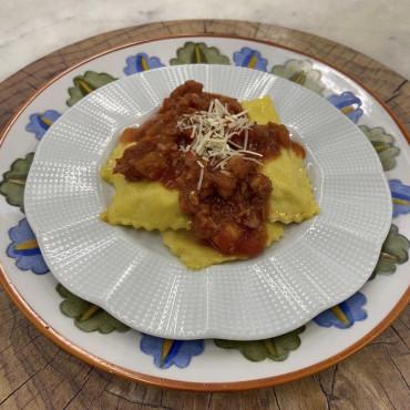 Ravioli de Queijo Canastra com Molho de Linguiça  1500g