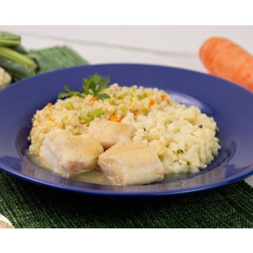 Tilápia ao Curry, Couscous de Quinoa e Couve-flor salteada 269 kcal 370g